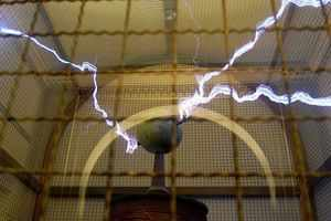 Tesla Coil - All That Nerdy Stuff